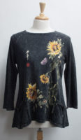 """Sunflowers Top by """"Jess and Jane"""""""