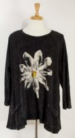 Jess and Jane - Mineral Wash Tunic Top with Daisy (2 Colors)