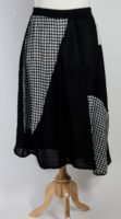 LUUKAA Checkered Skirt (2 Colors)