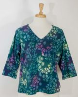 Su Placer - Giana 3/4 sleeve V-Neck Top (2 Colors)